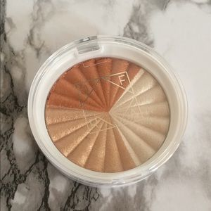 Ofra x NikkieTutorials Highlighter Everglow